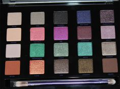 Urban Decay Vice 4 Palette - Fast-Ball & Flame http://www.talasia.de/2015/12/21/urban-decay-vice-4-palette-fast-ball-flame/