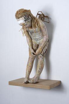 Странные бумажные скульптуры Валли Номидои / Серию своих работ Валли назвала