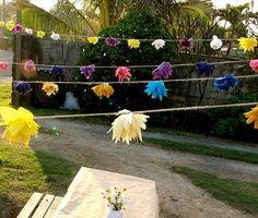 Fabric flower garland DIY - love this