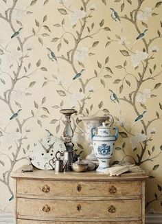 Eleonora wallpaper/Gustavus collection from Zoffany #wallpaper #swedish