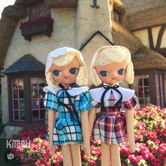 A very rare pair of matching Japanese pose dolls in my collection.  #kitschandkawaii #itakephotosofmytoysinpublic #dollcollector #kawaii #kawaiidoll #vintagekawaii #posedoll #posedolls #bradleydoll #japanesedoll #kitsch #kitschy #cute #bigeyes #bigeyedoll #dolls #vintage #japandoll #kawaiidoll #superkawaii #disneyland #disneylandresort #dollphotography #madhatter