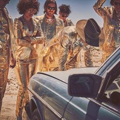 """Canadian indie rock band Arcade Fire premiered a new music video for """"Electric Blue"""" directed by Cousin Club. Live Music, New Music, Top 10 Albums, World Wide News, Arcade Fire, Concert Tickets, Electric Blue, Billboard, Rock Bands"""