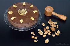 De luxe pečený čokoládový cheesecake s mladými orechmi - NajRecept. Cheesecake, Tiramisu, Birthday Cake, Baking, Ethnic Recipes, Desserts, Mascarpone, Lush, Tailgate Desserts