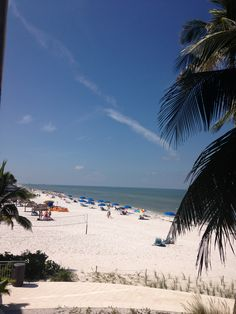 Beautiful beaches in Naples Florida