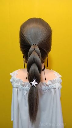 videos Creating a Simple Half-Up And 25 Hairstyle Idea Braided horsetail hairstyle Easy Hairstyles For Long Hair, Box Braids Hairstyles, Girl Hairstyles, Hairstyle Braid, Waterfall Hairstyle, Hair Upstyles, Long Hair Video, Hair Videos, Hair Hacks