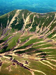 Valley of de Geysers in Kamchatka, Far East_ Russia