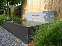 A modern aluminium garden pond with an optional fountain backplate Garden Great Ideas, Garden Inspiration, Raised Pond, Porch And Terrace, Urban Garden Design, Garden Modern, Urban Cottage, Pond Water Features, Front Courtyard