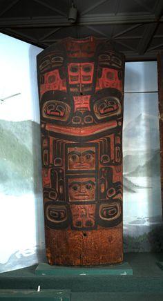 House Posts (4) Interior house post, Klukwan (Id: 31-29-14.jpg) Culture: Tlingit. Clan: Kaagwaantaan, Finned House . Place: Klukwan . Date collected: 10/30/1930. Material: Wood, pigment. Width: 87.6 cm. Length: 224.3 cm.