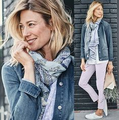 A few of our Favorite Outfits from long layering to simple confidence to simple shirts. View our favorite outfits and the styles we love at J. Womens Fashion For Work, Work Fashion, Fashion Tips, Simple Shirts, Weekend Wear, Fashion Over 50, Old Women, Color Combos, Work Wear