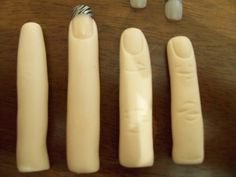 Get a ball of skin colored fondant. Roll into long rolls, look like finger width. I used the length of my fingers as a guide of how big and. Fondant Icing, Fondant Toppers, Fondant Cakes, Fondant Figures, Cake Decorating Techniques, Cake Decorating Tutorials, Cupcakes, Cupcake Cookies, Cake Pops
