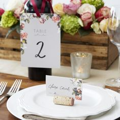 Add a little natural #DIY touch to your centerpiece and table scape with cork top stopper place card holders. Take a Xacto knife and carefully make a single slit down the long side of the cork stopper which will act as a seat for your gorgeous Wedding Paper Divas place cards!