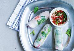 Jokirapurullat | Koti ja keittiö Fresh Rolls, Chili, Seafood, Food Porn, Koti, Fish, Ethnic Recipes, Sea Food, Chile