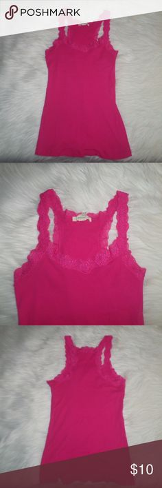 Pink Tank Top Like New! Brand: Bozzolo Size: Large Color: Pink 100% Cotton ( Comes from a smoke and pet free home) Tops Tank Tops