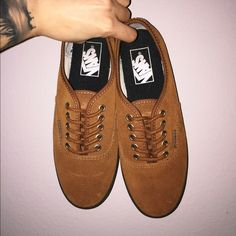 10f46d086be6ef Authentic Lo Pro - (Suede) Monk s Robe Brown suede with gum bottom and  round brown laces Vans Shoes Sneakers