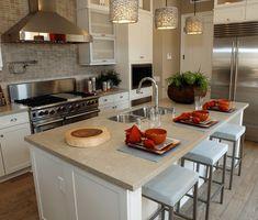 cozinha com ilha, bancada marmore, cozinha planejada