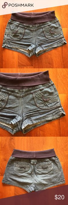 c00756c5245e3 Stretchy Shorts / Maternity Good used condition. Stretchy jean shorts; great  for maternity wear