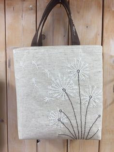 ・・・・・・・・・・・・・・Sakura work home Sashiko Embroidery, Embroidery Flowers Pattern, Embroidery Bags, Creative Embroidery, Japanese Embroidery, Hand Embroidery Stitches, Hand Embroidery Designs, Diy Bags Purses, Craft Bags