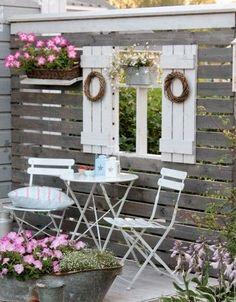 Möchtest Du Deinen Garten Etwas Verschönern? Vielleicht Sind Diese 9  Paletten Garten Ideen Wohl Etwas Für Dich!   DIY Bastelideen (Diy Pallet  Wall)
