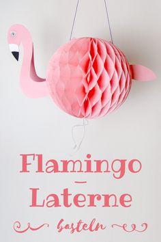 Flamingos liegen voll im Trend – da will dann sogar die Mama ihre eigene Laterne haben!