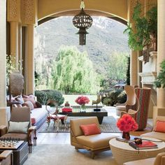 Living Room : Will and Jada Pinkett Smith at Home in Malibu : Architectural Digest