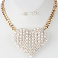 Beautiful Large heart pearl necklace and earring set.