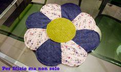 Per sfizio ma non solo: Cucito creativo - centro tavola a fiore patchwork