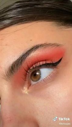 Edgy Makeup, Makeup Eye Looks, Eye Makeup Art, Colorful Eye Makeup, Red Eyeshadow, Eyeshadow Looks, Learn Makeup, Eye Makeup Designs, Makeup Looks Tutorial