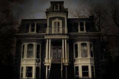 4b09-20081007-halloweenhouse.jpg-resize_then_crop-_frame_bg_color_FFF-h_1365-gravity_center-q_70-preserve_ratio_true-w_2048_.jpg (2048×1365)