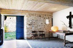 Scandinavian design for a farmhouse