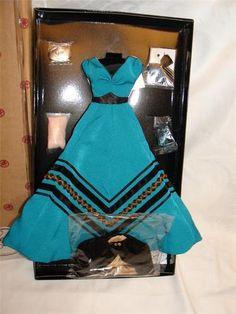 Mint Madra Gene Doll Hacienda Costume Outfit Complete Ashton Drake NWT | eBay hacienda costum, costum outfit, mint