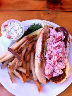 """Lobster roll ("""" homard mayo""""), un plat typique dans le Nord-Est américain, plutôt bon marché #USA #food"""