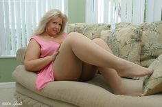 On and mature pantyhose pics bbw