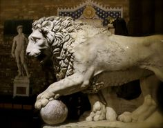 Firenze Medici Lion-Ciao Christy: La Loggia Lights