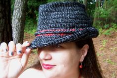 KnotWork: I've created a new pattern! A crochet trilby fedora!