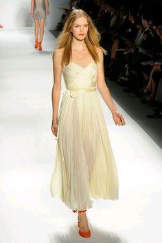 Grecian-inspired simple ivory wedding dress by J. Mendel   OneWed ($500-5000) - Svpply