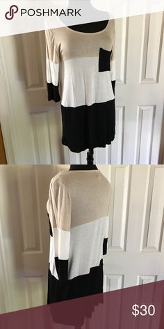 Nia Colorblock Top Beige, Ivory, Black Colorblock Top; Polyester & spandex blend; Sizes: S(4/6), M(8/10) Tops