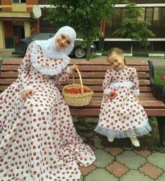 Mom And Baby Outfits, Mother Daughter Matching Outfits, Mother Daughter Fashion, Kids Outfits, Mom Daughter, Islamic Fashion, Muslim Fashion, Modest Fashion, Hijab Fashion