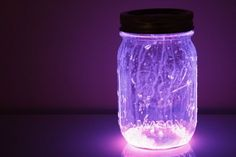 using glow-necklaces to make fun light-up jars!