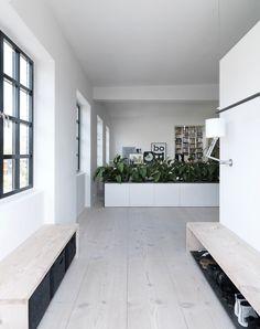 Modern loft conversion: Viking Pencil Factory Loft in Copenhagen - Decoration Ideas Home Design, Interior Design, Loft House, Modern Loft, Deco Design, House And Home Magazine, Scandinavian Interior, Master Suite, Interior Architecture