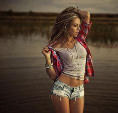 Photography by Kristina Kazarina   Cuded