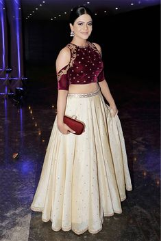 _x000D_ Take Look To A New Level As You Wear This Lehenga Choli . Designed With Absolute Perfection, This Art Silk Lehenga Choli Will Keep You At Ease. This Cream Party Wear Lehenga Choli Looks Extre...