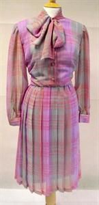 How cute is this 1970s pussybow dress? UK Size 16 and under thirty quid! http://www.myvintage.co.uk/p/5622233/vintage-1970s-pink-and-lilac-checked-pussybow-dress-size-16.html
