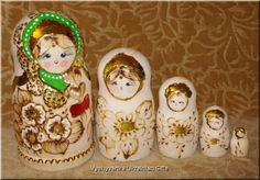 Matryoshka Ukrainian Set 5 Burned Nesting Dolls [nd185] - $32.00 : Vyshyvanka Ukrainian Gifts