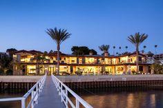 Grande et belle propriété de prestige californienne donnant sur l'eau