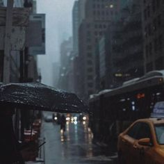 Image about city in winter 😍 by Zahraa A. Rainy Day Photography, Rain Photography, Cityscape Photography, Cozy Rainy Day, Rainy Days, City Aesthetic, Autumn Aesthetic, Aesthetic Dark, City Rain