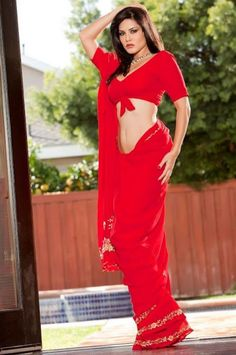 US Model Sunny Leone Indian Red Saree For Indian Fashion Trends