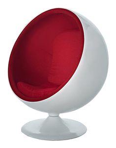 Креативный вариант шарообразного  кресла бело-красного цвета, основание изготовленного из стекловолокна, на изящной ножке. Внутри оболочки расположено мягкое    сиденье, обитое  тканью красного цвета. Кресло отлично подойдет любителям необычной и удобной мебели .             Метки: Кресла для дома, Кресло для отдыха.              Материал: Ткань, Пластик.              Бренд: DG Home.              Стили: Поп-арт.              Цвета: Белый, Красный.