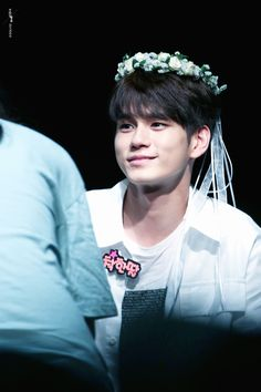 your source for data, news, information, translations and everything else related to YMC Entertainment's Boy Group Wanna One. Ong Seongwoo, Boy Groups, Dancer, Kpop, Dancers