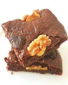 Para quem ficou com água na boca... a receita destes brownies é esta: http://ift.tt/2tM99lP (Mas é só para ocasiões especiais )