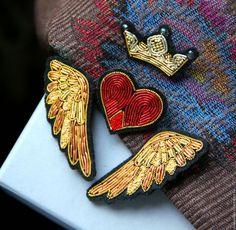 """Броши ручной работы. Ярмарка Мастеров - ручная работа. Купить Комплект брошей   """"Крылья (золотые)  """" ручная вышивка .. Handmade."""